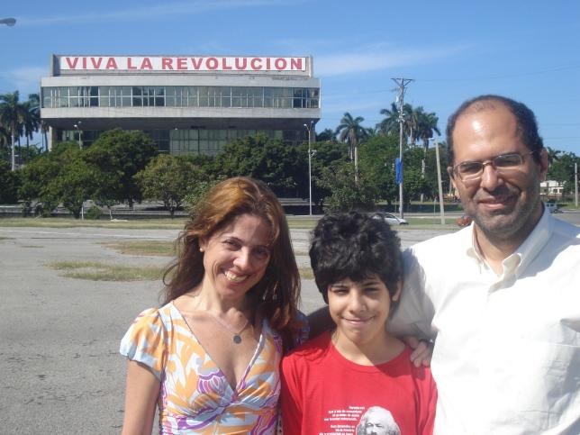 Familia na praça da revolução