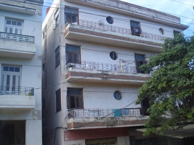 Prédios construidos após a revolução enfrete ao ICAP