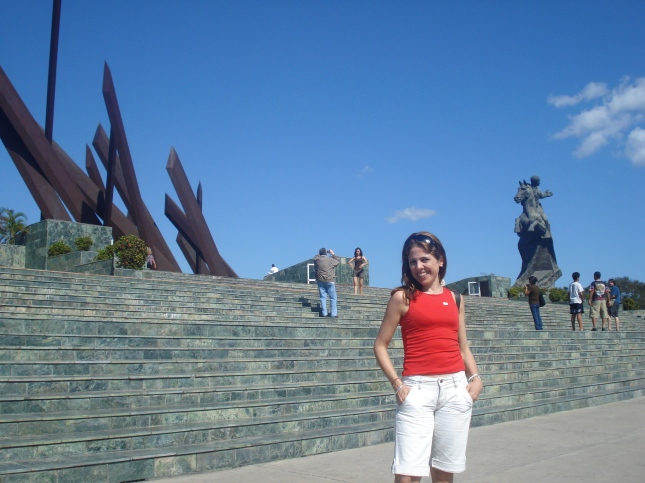 no monumento a Antonio Maceo