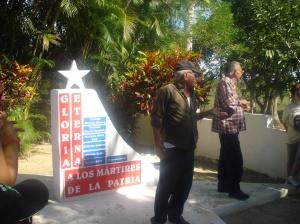 A palestra dos dois ex-combatentes nos pés do monumento, foi emocionante !